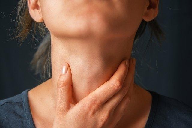 cancer de laringe em estado avancado