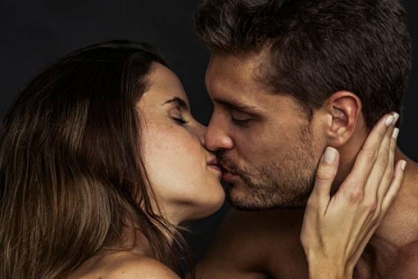 Besos - Gabriela Mistral